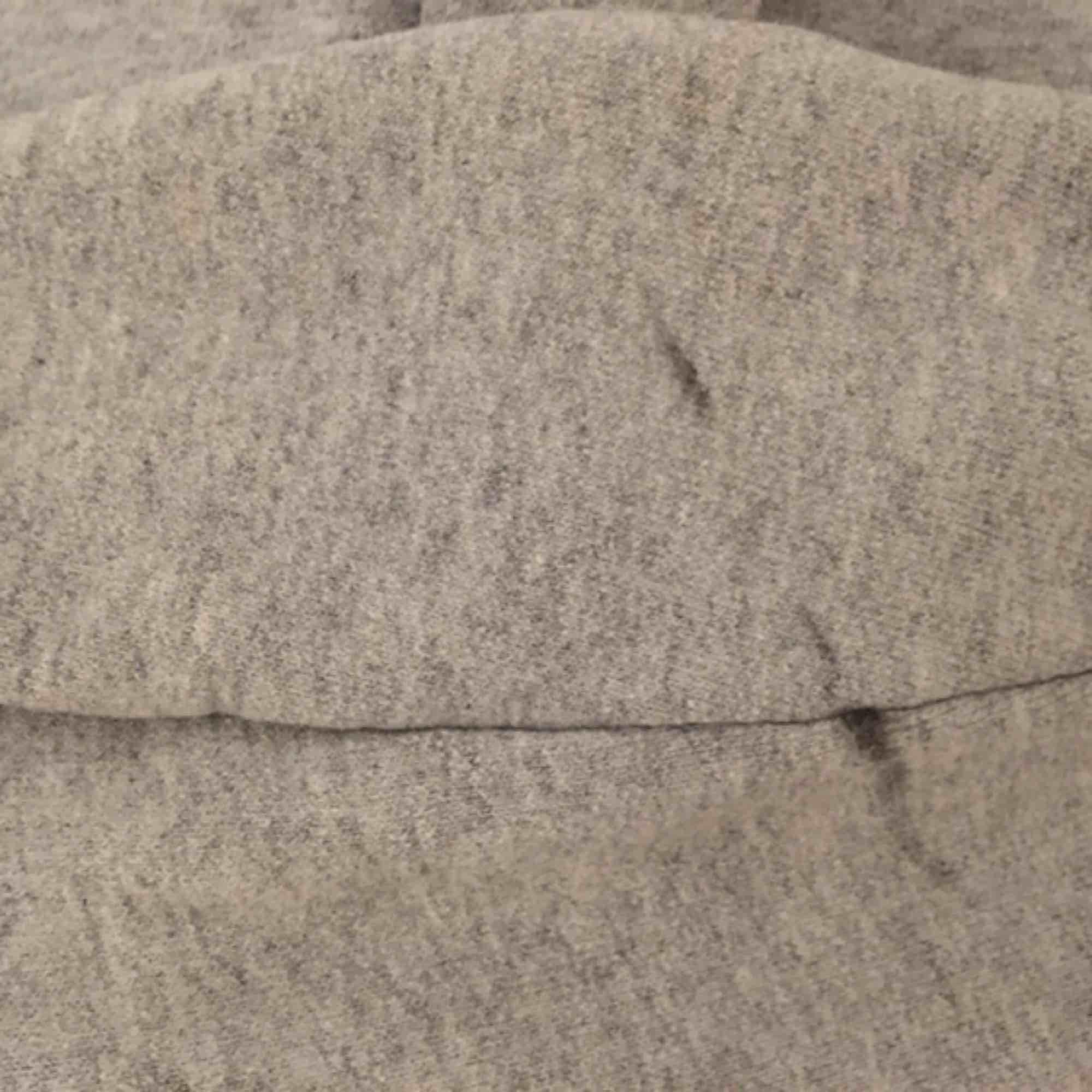 äkta thrasher hoodie. hel och ren, förutom en liten fläck på ena armen (bild2) som knappt syns. pris kan diskuteras!💗💖. Huvtröjor & Träningströjor.