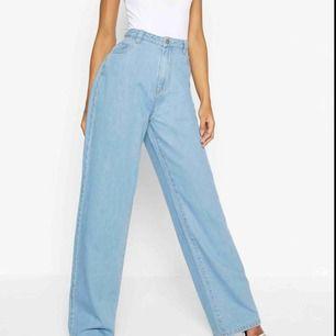 Helt nya jeans från boohoo✨✨