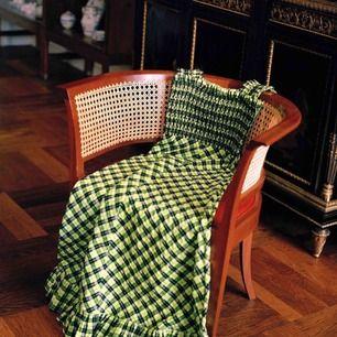 SÖKER!!! Söker denna klänning från Ganni, i storlek 34/36 hojta gärna till om ni har en att sälja🥰🤩