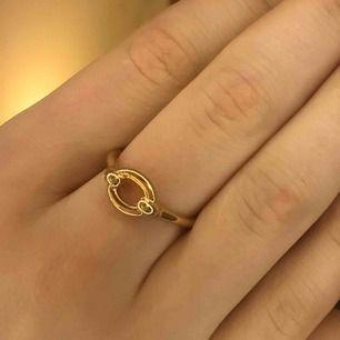Helt oanvänd guldig ring, som ny! Frakt 9kr❣️