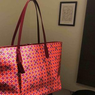 Malene Birger väska i färg!🤩 använd 2 gånger, som ny!