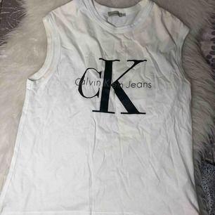 Calvin Klein topp  Använd ett fåtal gånger