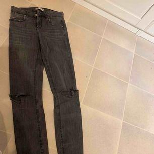 Helt nya jeans använda 1 gång, från Gina