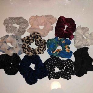 Säljer alla mina scrunchies, 50kr för alla annars 20 kr st