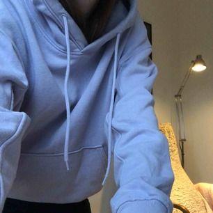 Jättefin hoodie från Weekday💓💓💓knappt använd