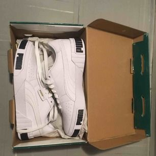 Puma Sneaker White Metallic Gold Size 38.5 new condition