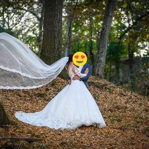 Min bröllop klänning, använd den en gång på min bröllops dag. Storlek 38