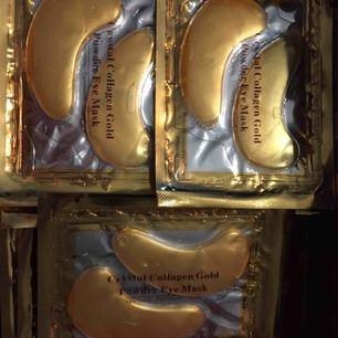 5 stycken Crystal collagen gold powder eye mask för att ta bort rynkor och mörka ringar under ögonen.  Frakt ingår i priset!
