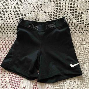 Snygga och tajta ,från Nike