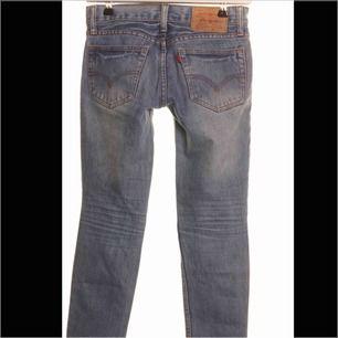 Riktigt snygga vintage jeans skulle säga att dom passar en xs