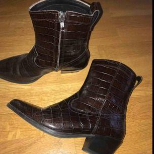 Skor från vagabond!! 250 kronor inklusive frakt