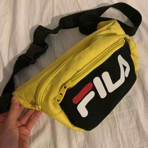 En fika väska, väldigt användbar. Behöver tvätt annars nyskick