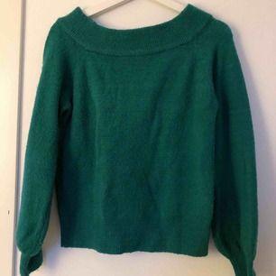 Grön/turkos off-shoulder tröja från ginatricot! super fin!! frakt 59 kr💚💙