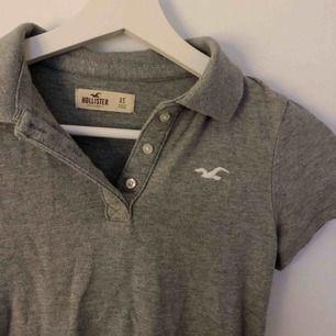 Piké-skjorta från hollister i fint skick! frakt 42 kr💕