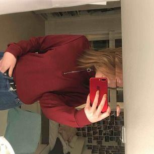 Jätte mysig och fin tröja, knappt använd