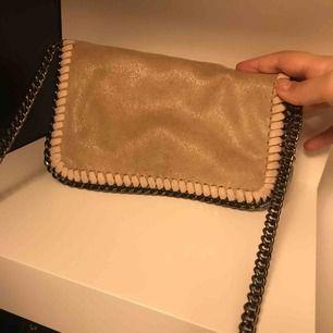 Stella mccartney inspirerad väska