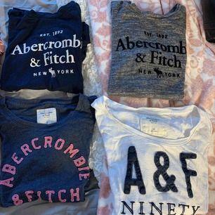 Äkta abercrombie & fitch T-shirts!  köpta i Danmark nyligen Marinblåa och den gråa är aldrig använda - Xs Blå med rosa tryck och vit med blått tryck - S och M 60kr styck eller alla för 200kr