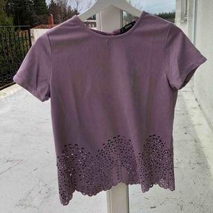 Superfin t-shirt från shein. Aldrig använd tror jag. Frakt tillkommer💜