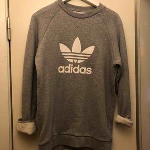 Skön Adidaströjja använd ett par gånger, från herravdelningen men passar alla!