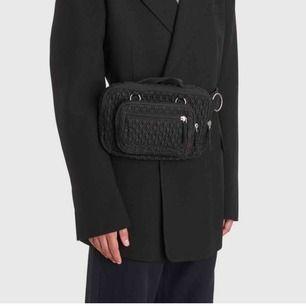 Säljer min Eastpak c Raf Simons väska. Köpt från Aplace i malmö. Priset från början var 1300kr . Väldigt bra skick!