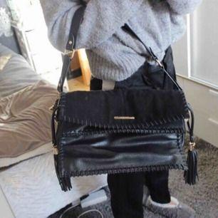Aldrig använda väska från River Island ⚡️ Frakt:120:-