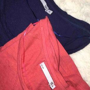 2st upersköna basic t-shirts från Lager 157 i storlek S. Använda fåtal gånger.  1st 50kr  2st 100kr  Frakten ingår i priset.