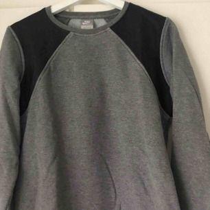 Grey tröja