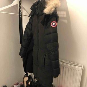 2018 använt endast en vinter. Figursydd  Köpt på johnells för 10500 . Fast pris + frakt