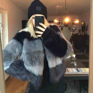 Skitsnygg pälsjacka från Zara, storlek M