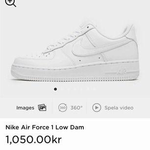 Hej, säljer ett par helt oanvända (ligger i kartong och allt) Nike air force 1. Säljer dom för dom var tyvärr för små och gick inte att skicka tillbaka. ☺️