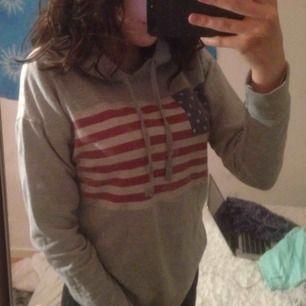 super skön hoodie , fint skick