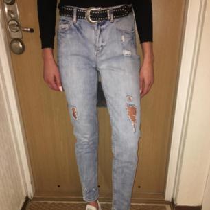 Jeans från Ginatricot, använda få talgånger.