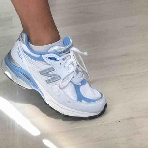 NewBalance 990v3 baby blue, suuperfint skick