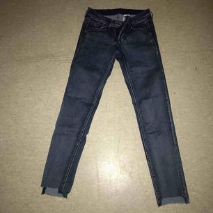 Tighta jeans från hm, använd fåtal gånger