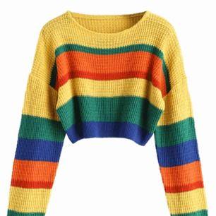 Oanvänd stickad tröja från ZAFUL. Prislappen sitter kvar och jag säljer tröjan då den va för liten. Jag skulle säga att tröjan passar en person med storlek XS. Frakten är gratis 💓