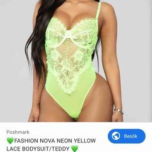 Fashionnova body neon grön med sexig string där bak i fin spets storlek s helt ny drog av lapparna för snabbt