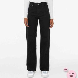 Säljer mina Yoko pants från monki som är köpta här på plick. Säljer pga att de inte riktigt passade mig😌frakt tillkommer🦋🧚🏻♂️