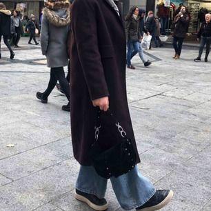 Säljer min väska från Unlimit, jättefin och rymlig väska. Original pris 1899kr :))