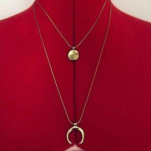 Snyggt guldigt halsband som tyvärr aldrig kommer till användning. Köpt på Åhléns i somras för 199