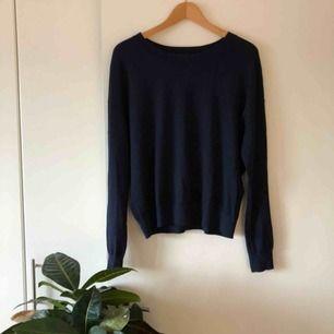 Bomull och silkeströja från J.Lindeberg, Marion Cotton Silk. Mjuk och skön, använd fåtal gånger!
