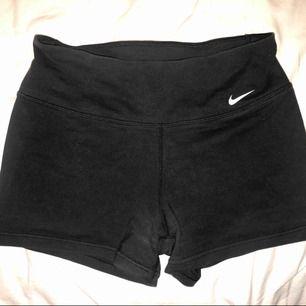 Zexiga Nike dry fit hotpants fint skick! Möts i sthlm eller postar