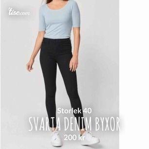 Jätte sköna denim jeans från Kappahl! Stretchiga och sitter som ett smäck! Jag är 164 och de är lite långa för mig så rekommenderar de för lite längre tjejer! ❤️💕