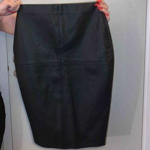 Läder kjol