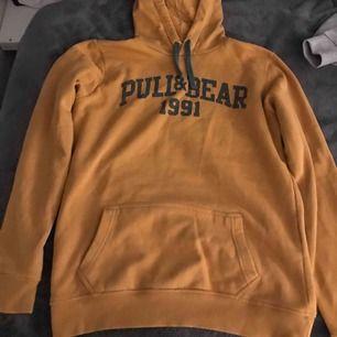 Mysig hoodie från Pull&bear, strl medium. 💙