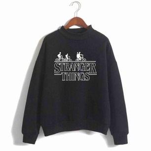 Söker stranger things merch!!! Kan vara tröjor pop figurer och allt där emellan! Kontakta mig gärna om du vill sälja något! :))