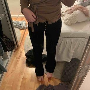 Manschester bootcuts som jag älskar men har för mycket byxor just nu!