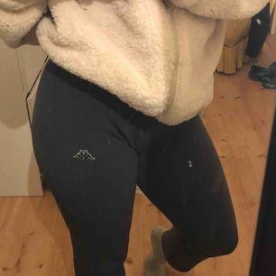 Bekväma och stretchiga kappa byxor
