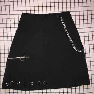 Snygga egirls kjol och den har jag bara använt den en gång och