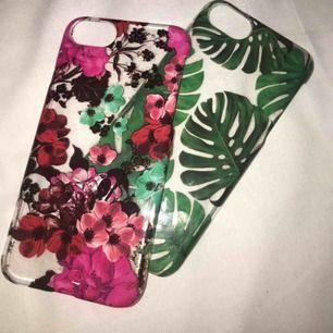 Säljer tillsammans. 2 skal till iPhone 7 & 8. Köpta på hm