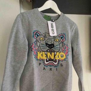 Säljer min kenzo tröja, äkta kvitto finns☺️ Köparen står för frakt ✌️